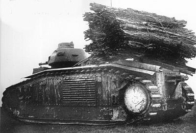"""[photo] le char B1bis """"Mulhouse"""" abandonné du côté d'Orléans le 15 Juin 1940 B1%20112%20mulhouse%2003"""