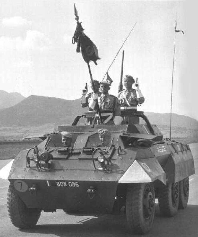 A.M. M20  du 8éme Régiment de CUIRASSIERS - 2éme Escadron- 1er Peloton - BIZERTE (Tunisie) 1952 M20_alsace_12rca
