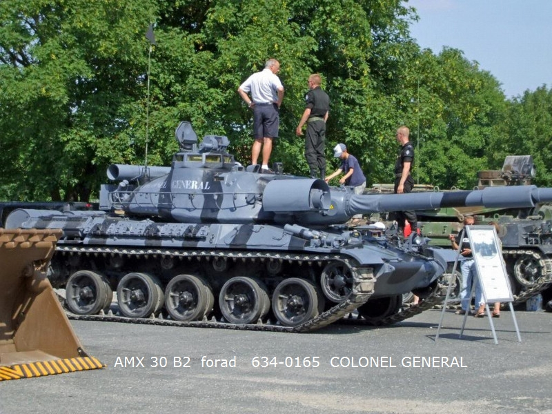 T-55A 1/35 Tamiya fini Amx30%20b2%20634-0165%20colonel%20general%2002%20forad