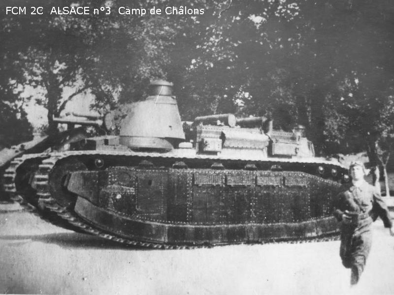 Matériels, armement, bateaux, avions en 1940  Fcm2c_003