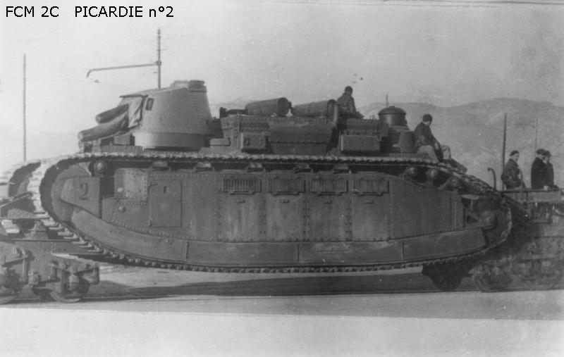 Matériels, armement, bateaux, avions en 1940  Fcm2c_005