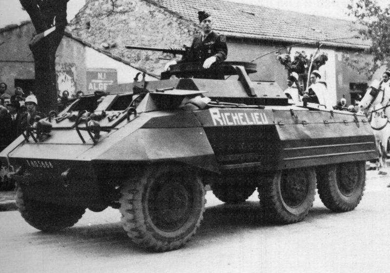1943 m 20 command car